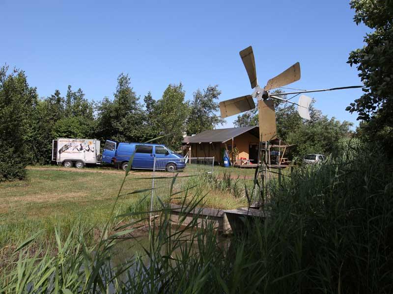 Jaxsunsports | Une école de kitesurf agrée IKO, un camp unique en Europe, de nombreuses activités nautiques, wakeboard, voile, ski nautique, surf, paddle… Rejoignez-nous!